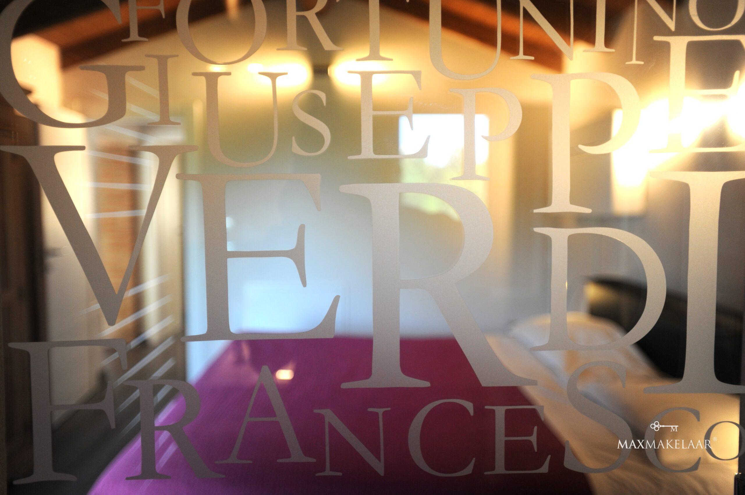 Slideshow image 72
