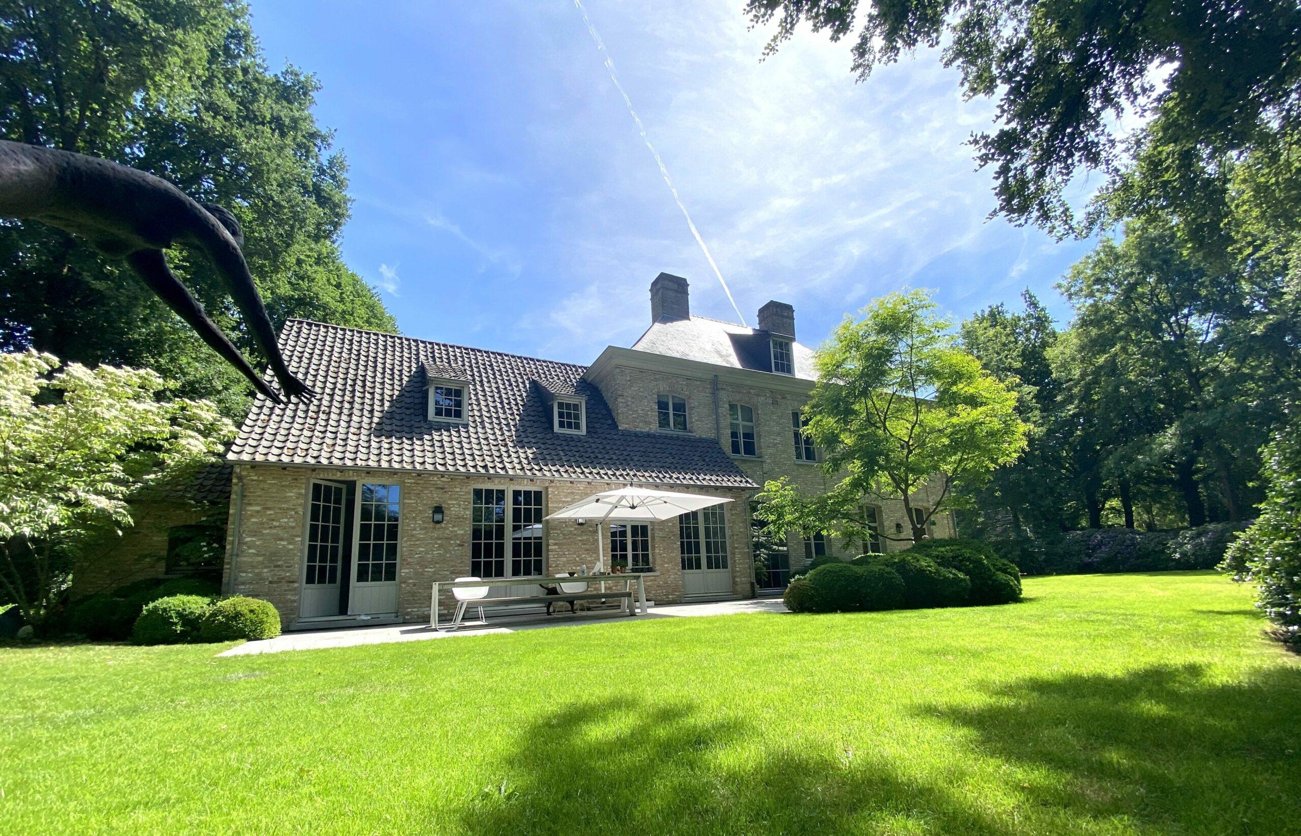 Prachtige residentiële villa in het groen