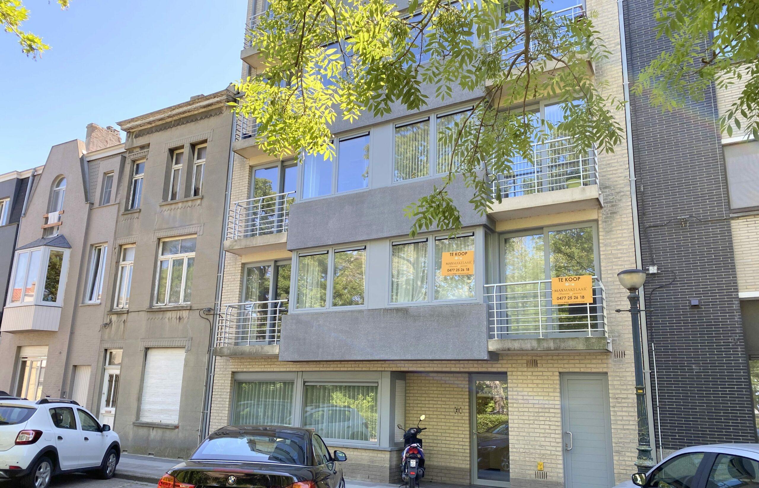 Appartement met terrasje en parkzicht
